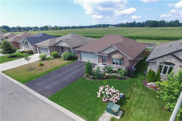 Detached at 95 Sparrow Way, Norfolk, Ontario. Image 11