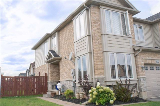 Townhouse at 4832 Adam Crt, Lincoln, Ontario. Image 1