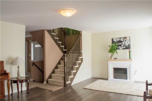 Townhouse at 4832 Adam Crt, Lincoln, Ontario. Image 10