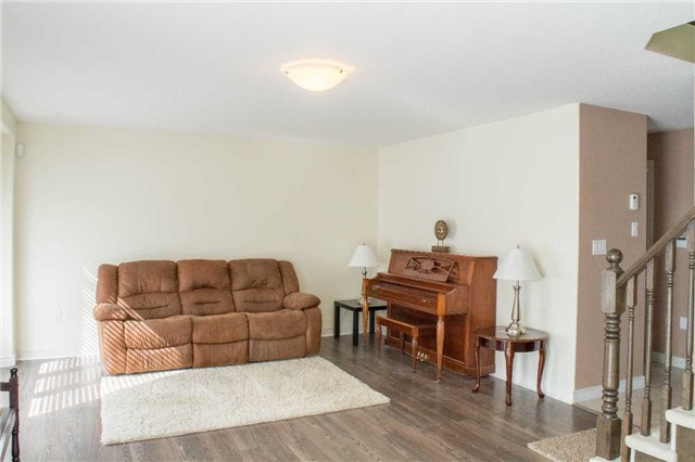 Townhouse at 4832 Adam Crt, Lincoln, Ontario. Image 11