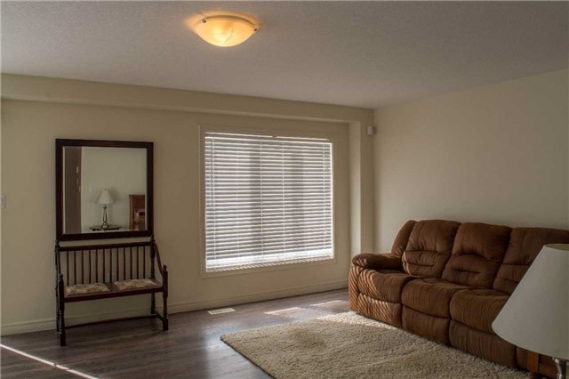 Townhouse at 4832 Adam Crt, Lincoln, Ontario. Image 12
