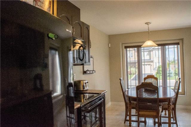 Townhouse at 4832 Adam Crt, Lincoln, Ontario. Image 13
