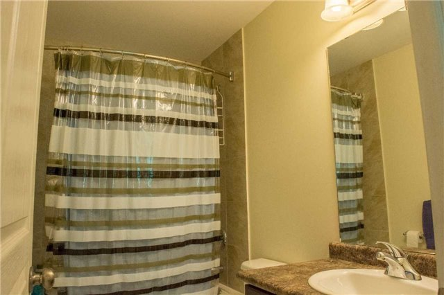Townhouse at 4832 Adam Crt, Lincoln, Ontario. Image 15