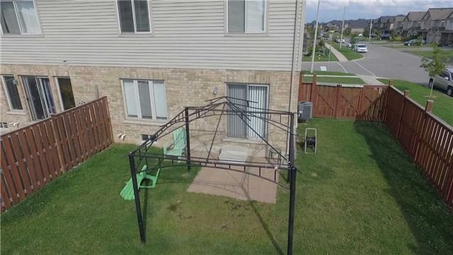 Townhouse at 4832 Adam Crt, Lincoln, Ontario. Image 6