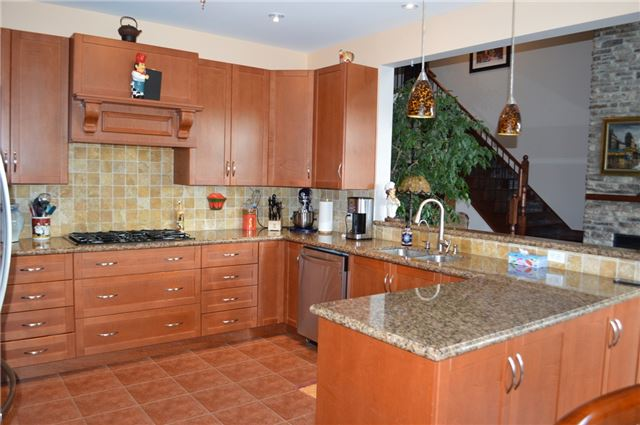 Detached at 200 Kingfisher Dr, Unit 83, Mono, Ontario. Image 2