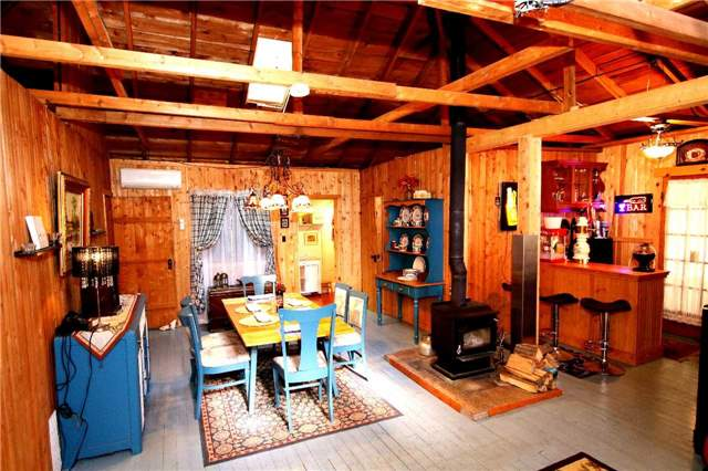 Cottage at 266 Pleasant Point Rd, Kawartha Lakes, Ontario. Image 19