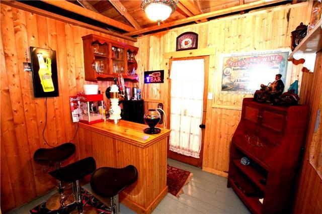 Cottage at 266 Pleasant Point Rd, Kawartha Lakes, Ontario. Image 3