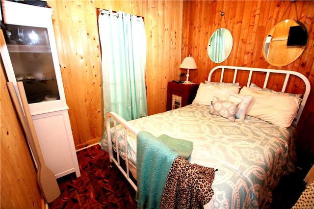 Cottage at 266 Pleasant Point Rd, Kawartha Lakes, Ontario. Image 9