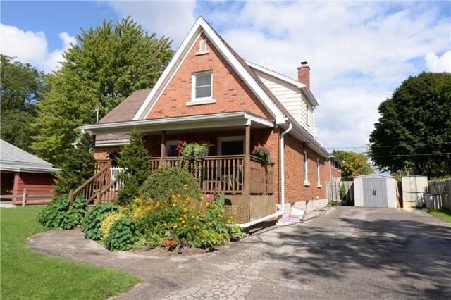 Duplex at 1639 Concession Rd, Cambridge, Ontario. Image 12