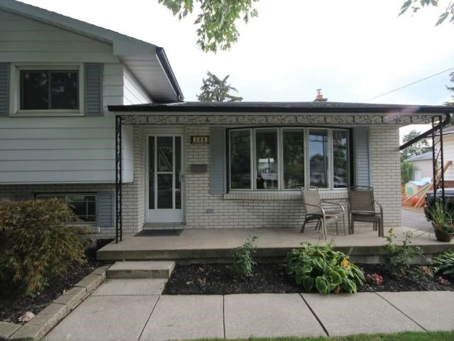 Detached at 139 Queen St, North Middlesex, Ontario. Image 12