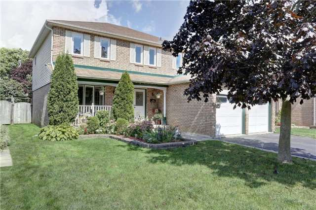 Detached at 629 Daintry Cres, Cobourg, Ontario. Image 12