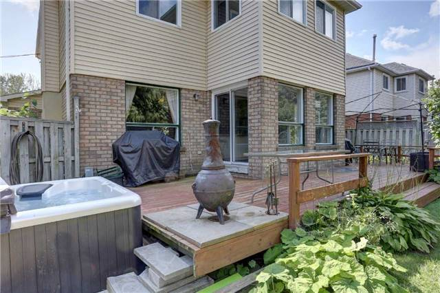 Detached at 629 Daintry Cres, Cobourg, Ontario. Image 11