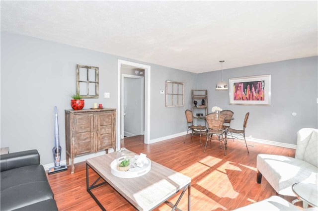 Detached at 279 Kathleen St, Guelph, Ontario. Image 14
