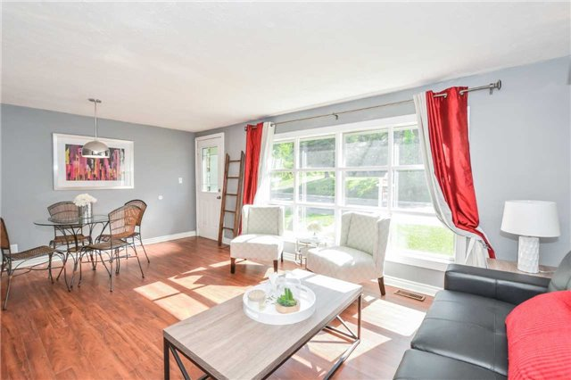 Detached at 279 Kathleen St, Guelph, Ontario. Image 15