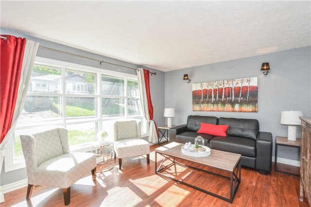 Detached at 279 Kathleen St, Guelph, Ontario. Image 16