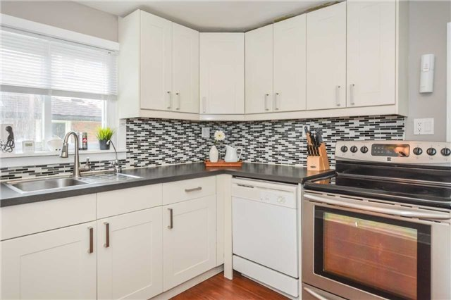 Detached at 279 Kathleen St, Guelph, Ontario. Image 17