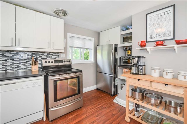 Detached at 279 Kathleen St, Guelph, Ontario. Image 18
