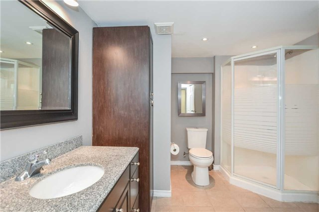 Detached at 279 Kathleen St, Guelph, Ontario. Image 5