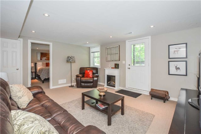 Detached at 279 Kathleen St, Guelph, Ontario. Image 7