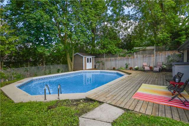 Detached at 279 Kathleen St, Guelph, Ontario. Image 10