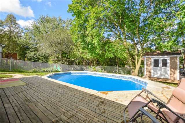 Detached at 279 Kathleen St, Guelph, Ontario. Image 11