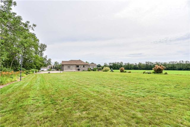 Detached at 2567 Morrison Rd, North Dumfries, Ontario. Image 13