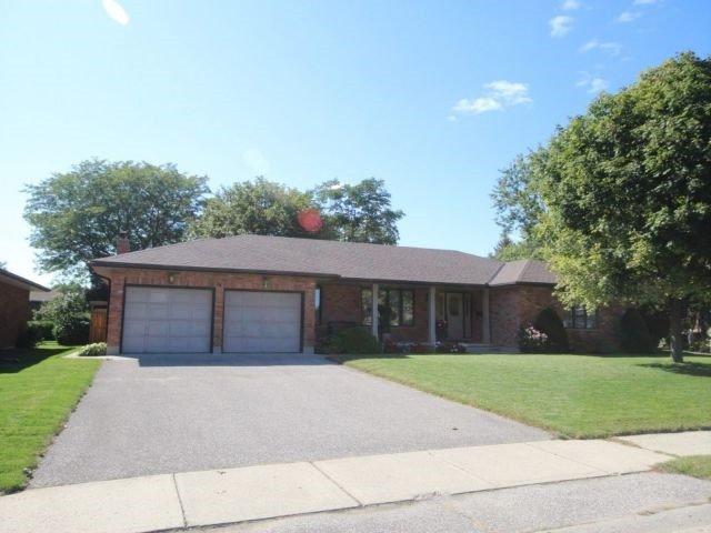 Detached at 26 Alexander Ave, Tillsonburg, Ontario. Image 1