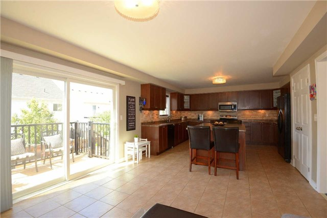 Detached at 179 Spring Creek Dr, Hamilton, Ontario. Image 20