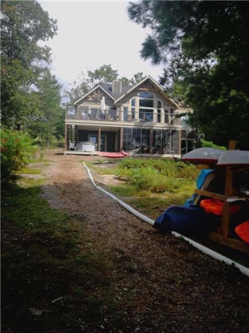 Detached at 25 Loon Lake Rd N, Gravenhurst, Ontario. Image 16