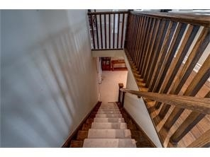Detached at 39 Old Ruby Lane, Puslinch, Ontario. Image 7