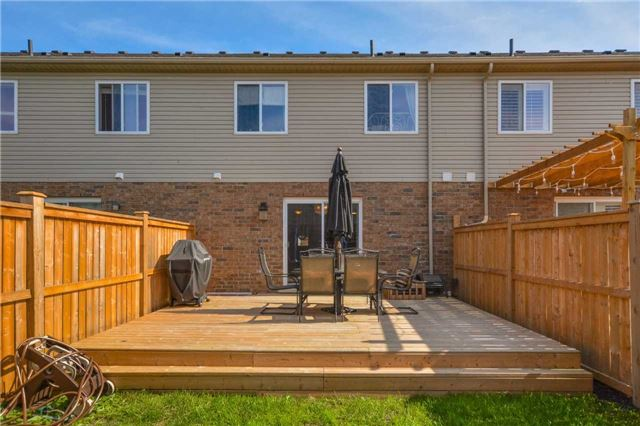 Townhouse at 20 Couling Cres, Guelph, Ontario. Image 7