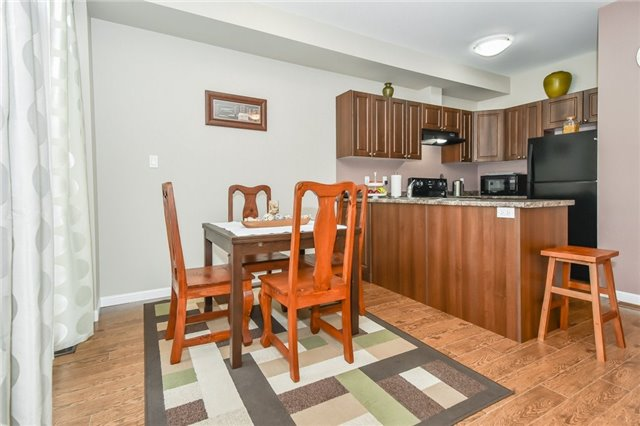 Townhouse at 21 Diana Ave, Unit 98, Brant, Ontario. Image 15