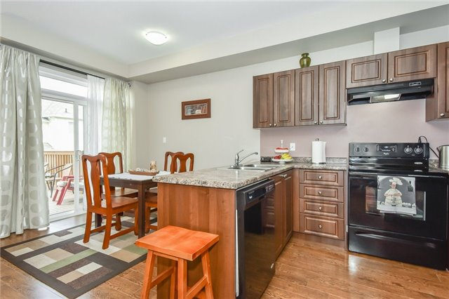 Townhouse at 21 Diana Ave, Unit 98, Brant, Ontario. Image 16