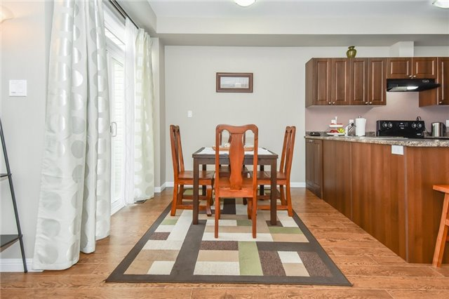 Townhouse at 21 Diana Ave, Unit 98, Brant, Ontario. Image 2