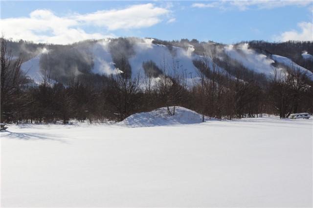 Semi-detached at 137 Kandahar Lane, Blue Mountains, Ontario. Image 7