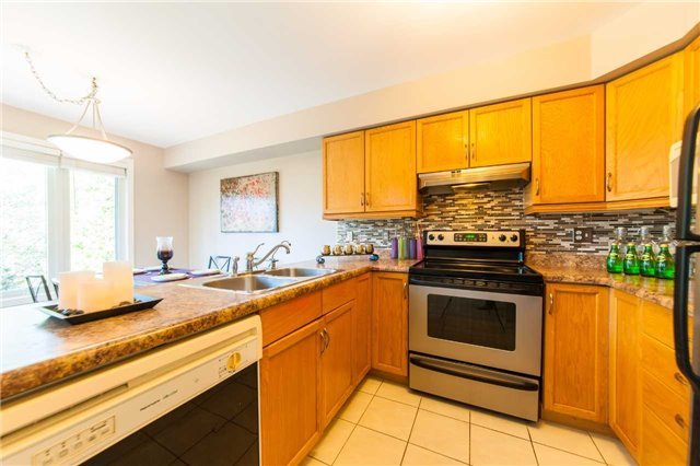 Detached at 6 Gaw Cres, Guelph, Ontario. Image 16