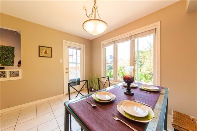 Detached at 6 Gaw Cres, Guelph, Ontario. Image 19