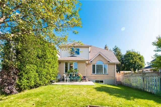 Detached at 6 Gaw Cres, Guelph, Ontario. Image 13