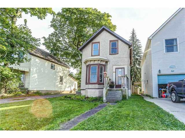 Detached at 23 Queensdale Ave W, Hamilton, Ontario. Image 10