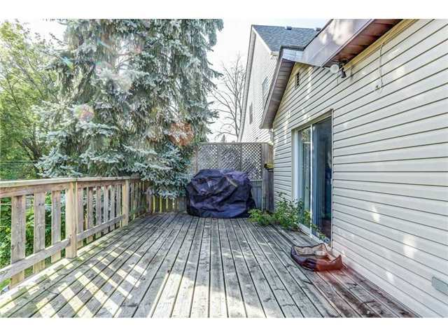Detached at 23 Queensdale Ave W, Hamilton, Ontario. Image 7