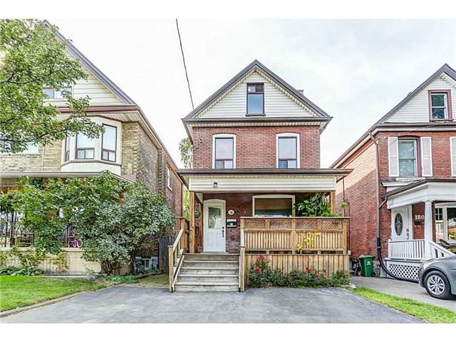 Detached at 182 Balsam Ave S, Hamilton, Ontario. Image 1