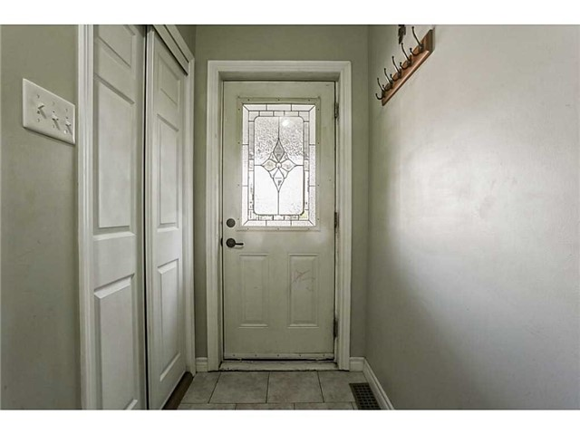 Detached at 182 Balsam Ave S, Hamilton, Ontario. Image 7