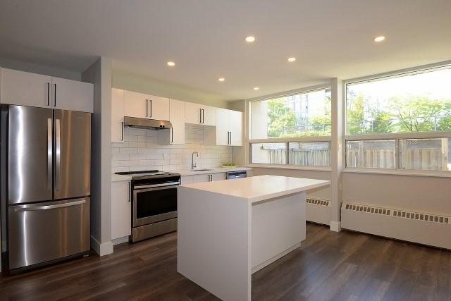 Condo Apartment at 15 Albright  Rd, Unit 7, Hamilton, Ontario. Image 12