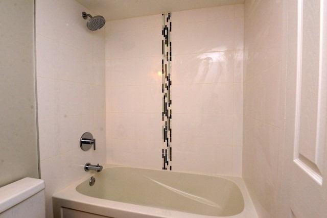 Condo Apartment at 15 Albright  Rd, Unit 7, Hamilton, Ontario. Image 3