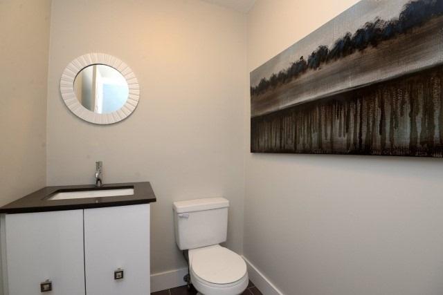 Condo Apartment at 15 Albright  Rd, Unit 7, Hamilton, Ontario. Image 4