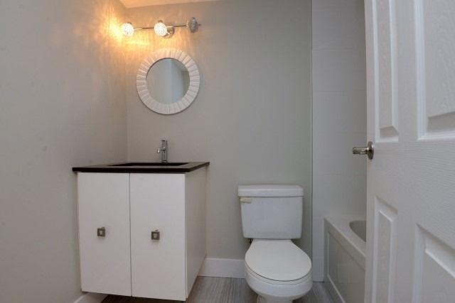 Condo Apartment at 15 Albright  Rd, Unit 7, Hamilton, Ontario. Image 5