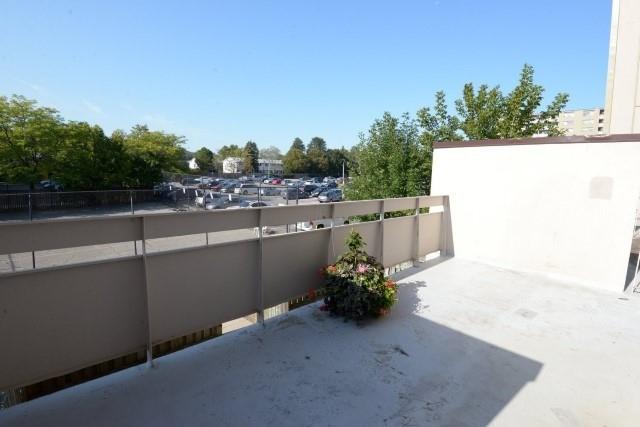 Condo Apartment at 15 Albright  Rd, Unit 7, Hamilton, Ontario. Image 11