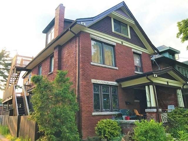 Detached at 92 Blake St, Hamilton, Ontario. Image 2