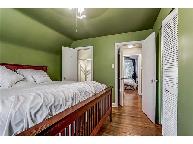 Detached at 403 Parkdale Ave S, Hamilton, Ontario. Image 3