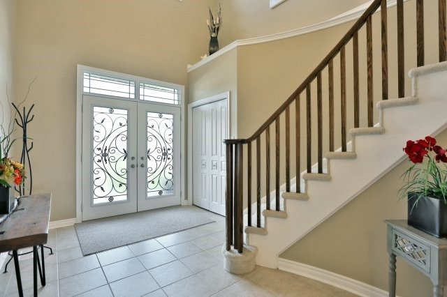 Detached at 34 Dominion Dr, Guelph, Ontario. Image 12